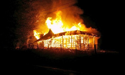 12 iglesias destruidas en dos años