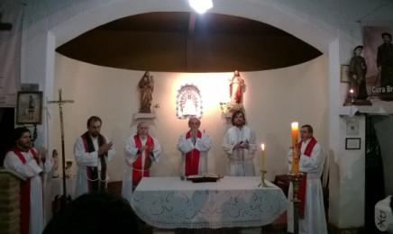 Miércoles 29 de junio. Un momento de la misa en la villa 21 de Buenos Aires
