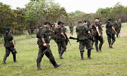 Rompan filas. Foto León Darío Peláez-SEMANA