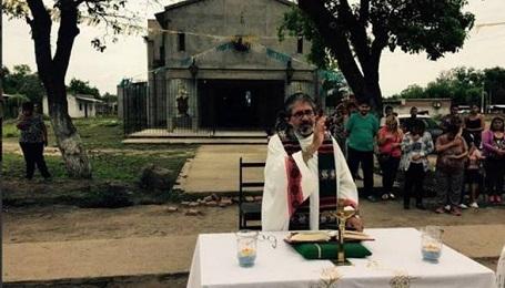 ARGENTINA. ENCONTRARON AHORCADO A UN SACERDOTE QUE LUCHABA CONTRA EL NARCOTRÁFICO. Juan Viroche era párroco de una iglesia en la provincia de Tucumán