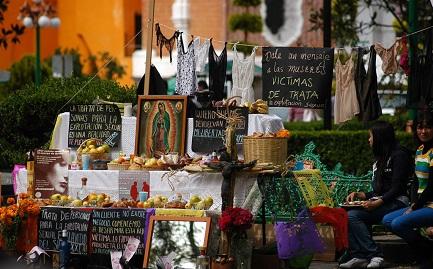 Un altar a las víctimas de la trata en Tlaxcala, Mexico. Foto F. Camacho