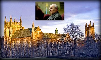 El Boston College. En el recuadro, el jesuita argentino Juan Carlos Scannone