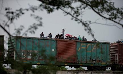"""OBISPOS DE FRONTERA. Texas. Encuentro de obispos de Estados Unidos y México sobre inmigración, acogida y protección. En estudio el """"Muro de la exclusión"""""""