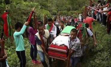 COLOMBIA. Mientras se prepara el viaje del Papa para la primavera de este año, la paz recién lograda se tiñe de venganza: en 14 meses asesinaron a 120 líderes sociales