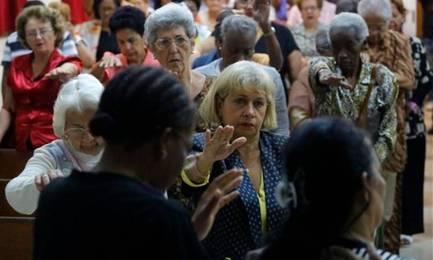 Un servicio religioso en la iglesia bautista W. Carey de La Habana. Foto D. Boylan-AP