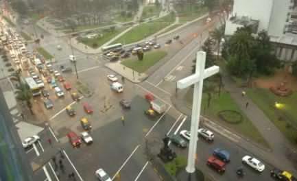 La gran cruz blanca de Montevideo, en recuerdo del viaje de Juan Pablo II en 1987