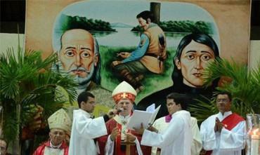 BRASIL 30 SANTOS DE UMA VEZ. Foram massacrados por não se converterem ao calvinismo durante invasão holandesa no Nordeste brasileiro e 1645.