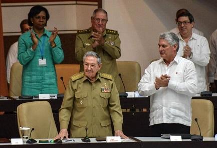 Raúl Castro y el vicepresidente Miguel Díaz-Canel