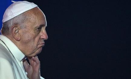 """¿POR QUÉ EL PAPA NO VISITA ARGENTINA? El obispo de una gran diócesis responde: """"Para no provocar más conflictos, para evitar que se use su figura como bandera política"""""""