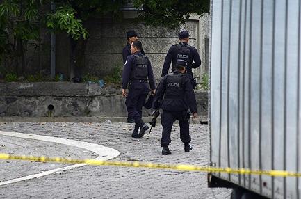 SAN SALVADOR. UN DÍA SIN HOMICIDIOS. Es la noticia de primera página de numerosos diarios del país de América Central del Beato Romero