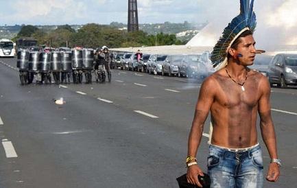 UNA BOMBA CONTRA LOS INDÍGENAS. Se espera para el 16 de agosto una sentencia histórica que decidirá el futuro de los pueblos nativos brasileños