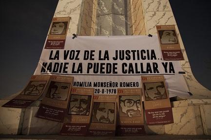 UN PASO HACIA LA VERDAD. Sobre los culpables de la masacre de los jesuitas de El Salvador. En el XXVIII aniversario del asesinato, Estados Unidos decide aprobar la extradición de un coronel acusado