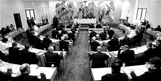 DE PABLO VI A FRANCISCO. HACIA LA CUMBRE DE 2018. 50 años después de la Conferencia de Medellín las Iglesias latinoamericanas rediseñan el futuro a la luz del magisterio de Francisco