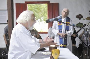ASÍ EN LA TIERRA COMO EN EL CIELO. El sacerdote y poeta nicaragüense Ernesto Cardenal cumple 93 años y presenta su último poema: un canto a la vida al final de la vida