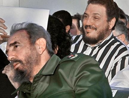 Fidel Castro Díaz-Balart con su padre Fidel, en una fotografía de la CNN