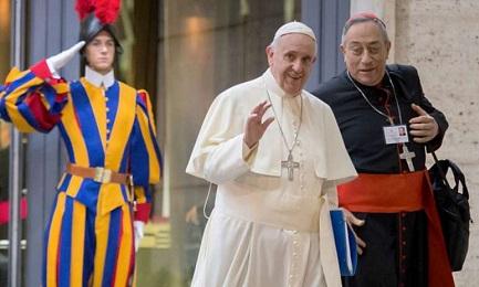 RODRÍGUEZ MARADIAGA SE QUEDA. El Papa Francisco confirma al cardenal de Honduras a la cabeza de la arquidiócesis de Tegucigalpa habiendo cumplido 75 años