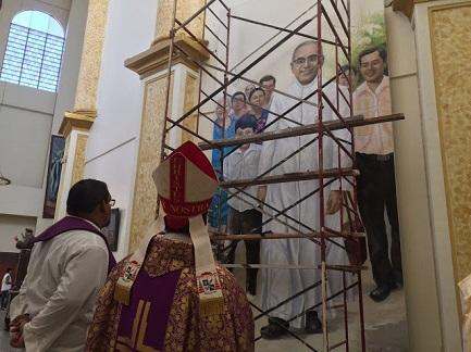 Preparativos en la catedral de San Salvador