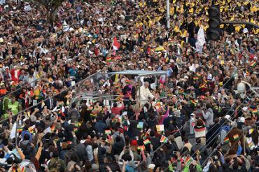 LOS NUDOS QUE SALEN AL PEINE EN AMÉRICA LATINA. Pueblos y populismo, católicos y política, la plaga de la corrupción, el desafío evangélico… Panorama general con el profesor Guzmán Carriquiry