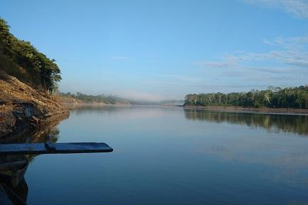 Vista del río Putumayo, límite natural entre Perú y Colombia (Foto Martina Conchione-CAAAP)
