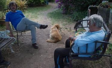 CINE POLÍTICO. ¿Qué está haciendo el director serbio Emir Kusturica en Uruguay, en la casa del presidente más pobre del mundo, Pepe Mujica? Una película. Que se presenta a fin de año
