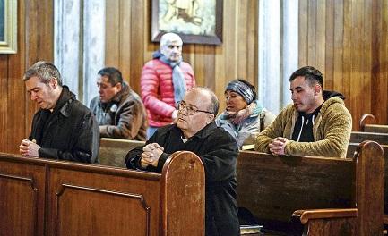 EFECTO SIMPATÍA PARA LOS ENVIADOS DEL PAPA A CHILE. La acogida que recibieron Scicluna y Bertomeu en su segunda misión es algo más que buena educación