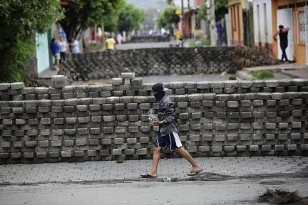 La espera (Foto Prensa Libre-EFE)