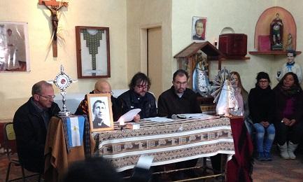 Un momento de la conferencia de prensa de presentación, con el obispo Carrara y el padre Di Paola