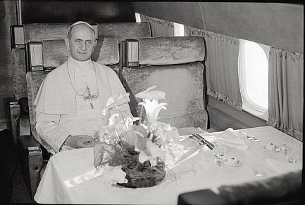 HACE 50 AÑOS LLEGÓ POR PRIMERA VEZ UN PAPA A AMÉRICA LATINA. Pablo VI inauguró la histórica Conferencia de Medellín mientras los soviéticos invadían Checoslovaquia