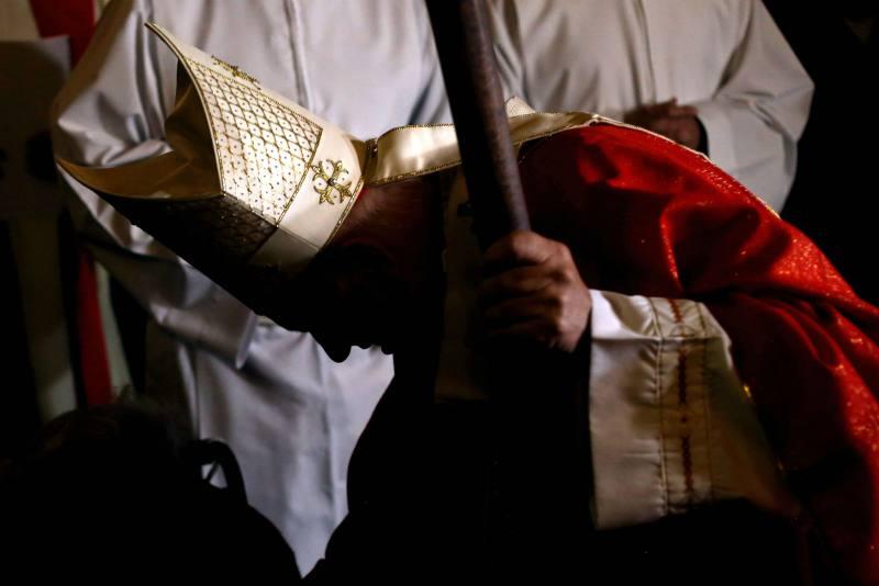 El cardenal Francisco Javier Errázuriz en la mira de la Justicia