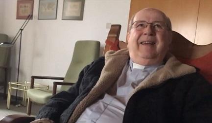 HURACÁN COX SOBRE LA IGLESIA CHILENA. Nuevas y graves acusaciones contra el obispo que actualmente se encuentra bajo proceso canónico en el Vaticano. Desde hace 16 años vive en Alemania y su salud es muy precaria
