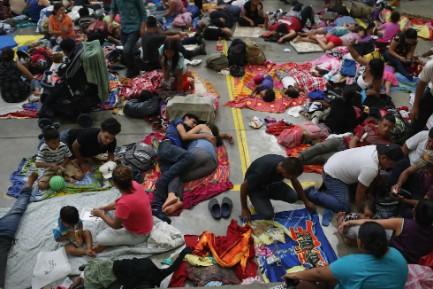 La caravana de migrantes se toma un descanso