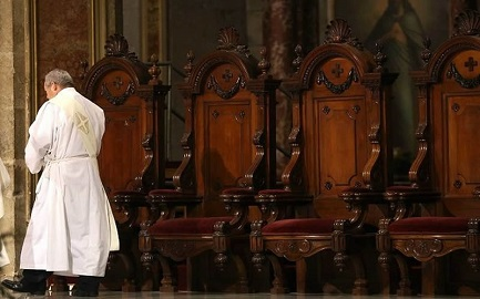 """""""Oponerse al clericalismo, a la tendencia a tratar el ministerio como una fuente de poder"""""""