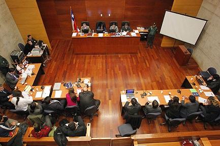 """CHILE. LA FACTURA, POR AHORA, NO LA PAGA NADIE. Sobre el caso del """"resarcimiento de las víctimas de Karadima"""" hay una gran confusión, poca transparencia y muchas verdades a medias"""